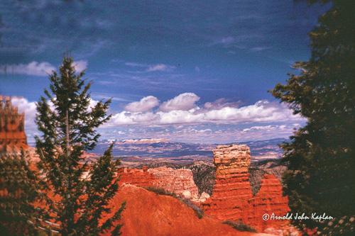 Bryce-Canyon-Chimneys--26--300dpi.jpg