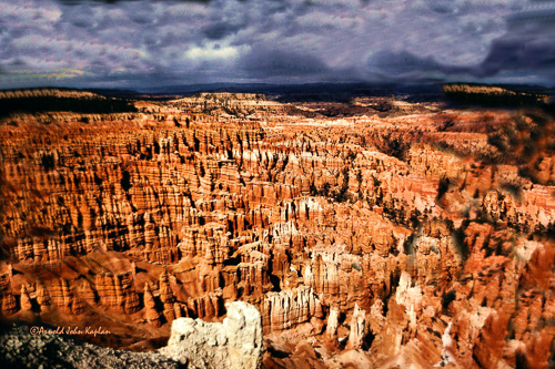 Bryce-Canyon-Statue-Bowl--11-300.jpg